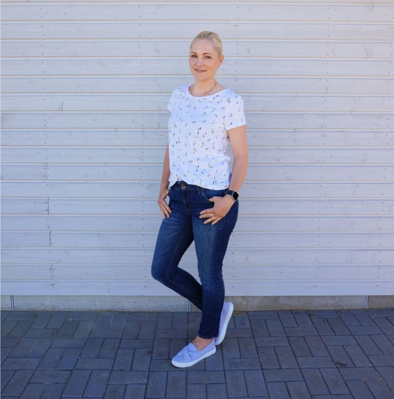 edc by Esprit top and Lindex jeans outfit