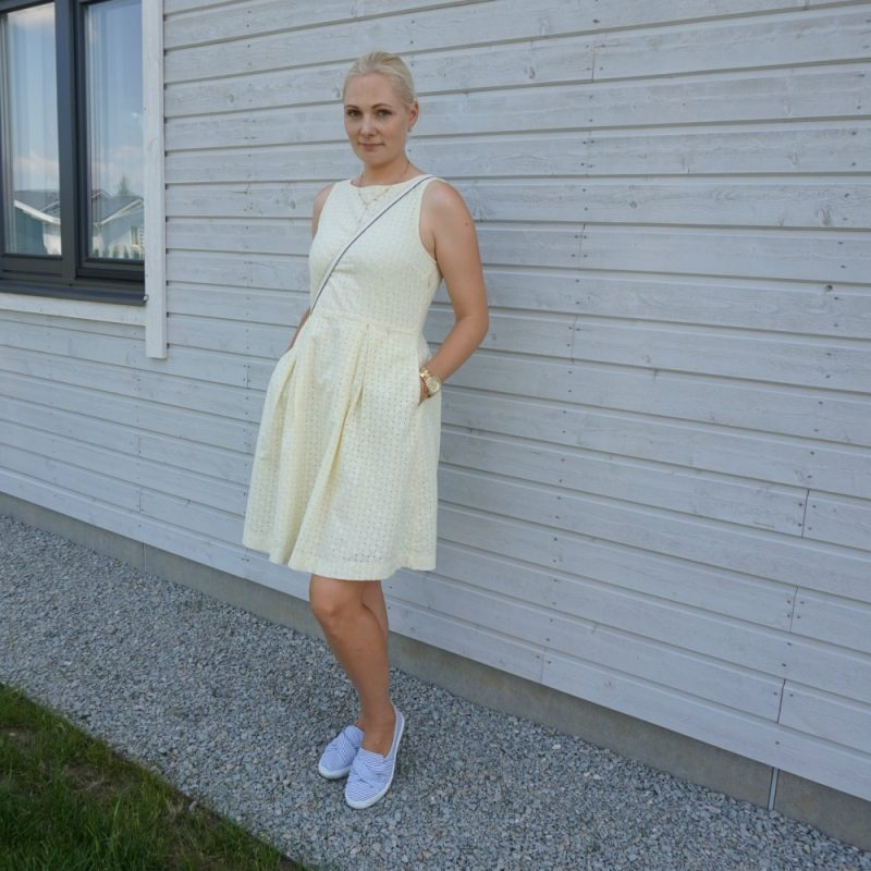 Yellow hole-embroidered dress & striped slip-on trainers