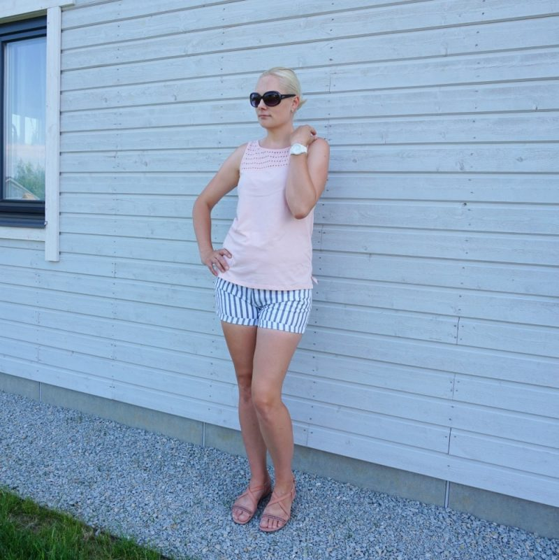 DL1961 srtiped shorts and Esprit sleeveless top