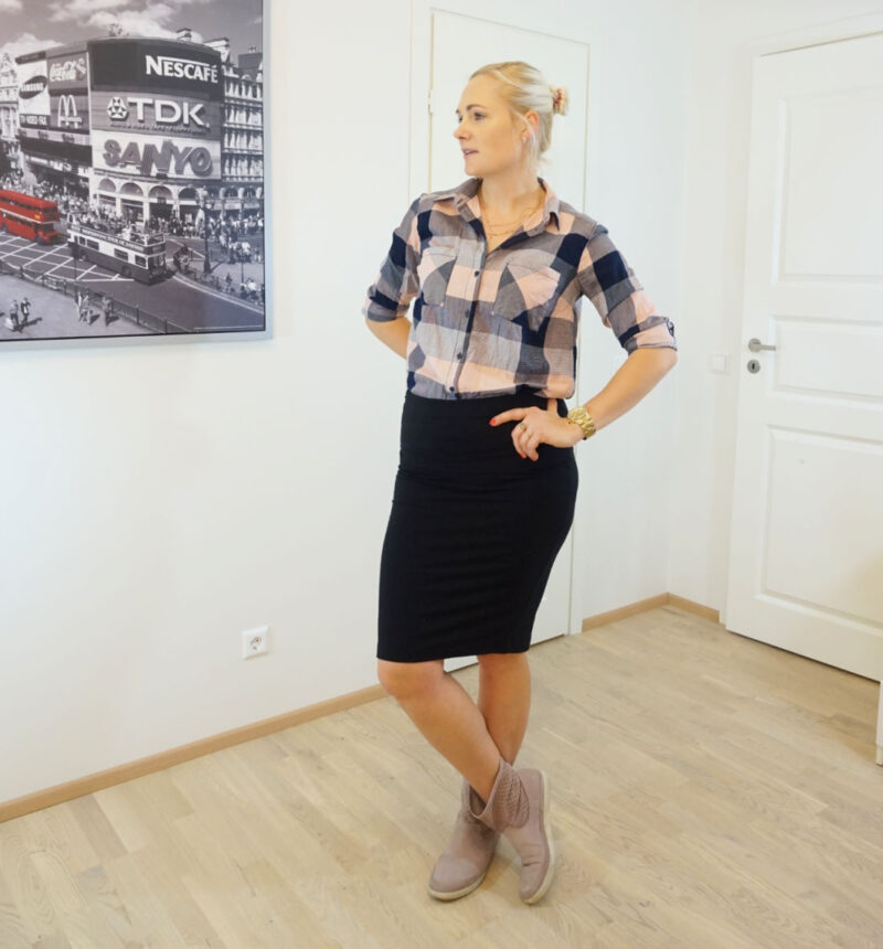plaid shirt and black skirt outfit