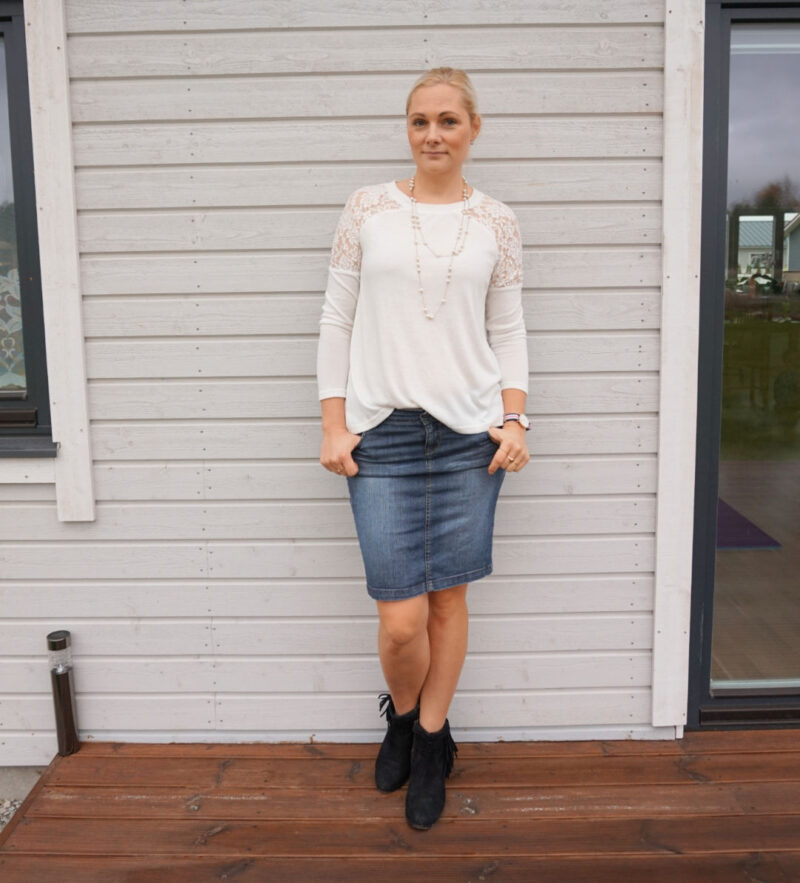 white top denim skirt black ankle boots outfit