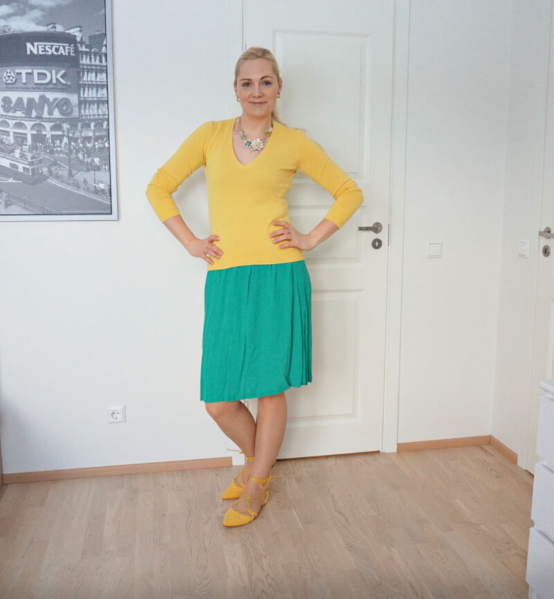 yellow and green spring outfit