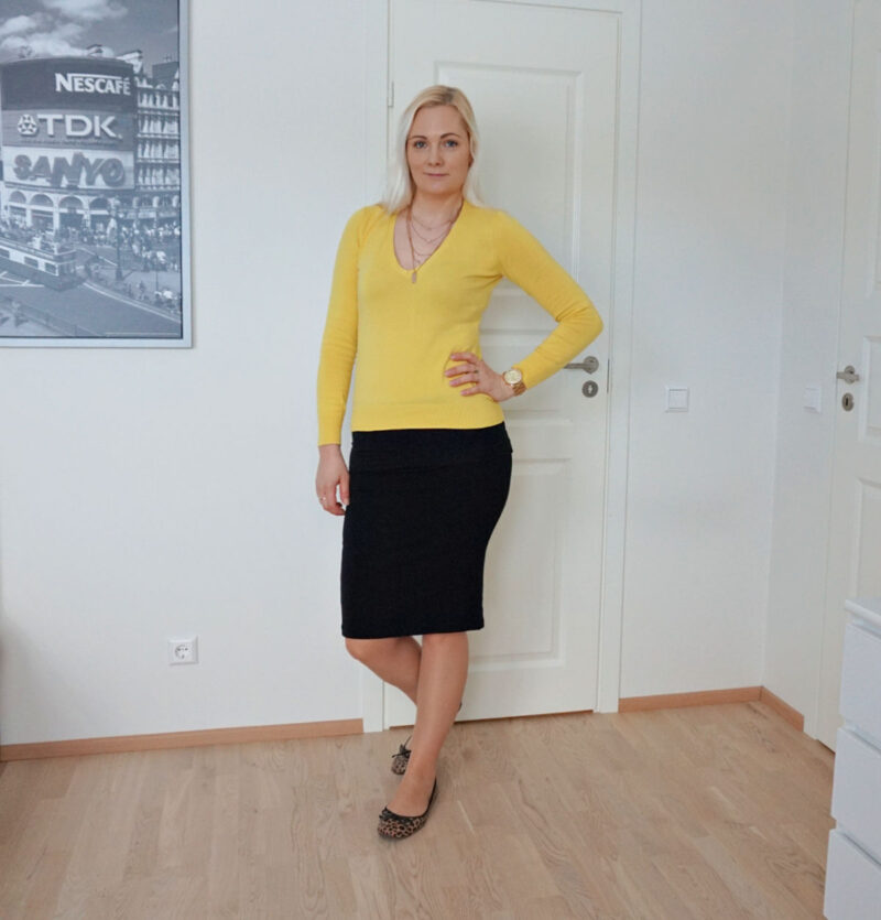 casual yellow and black outfit