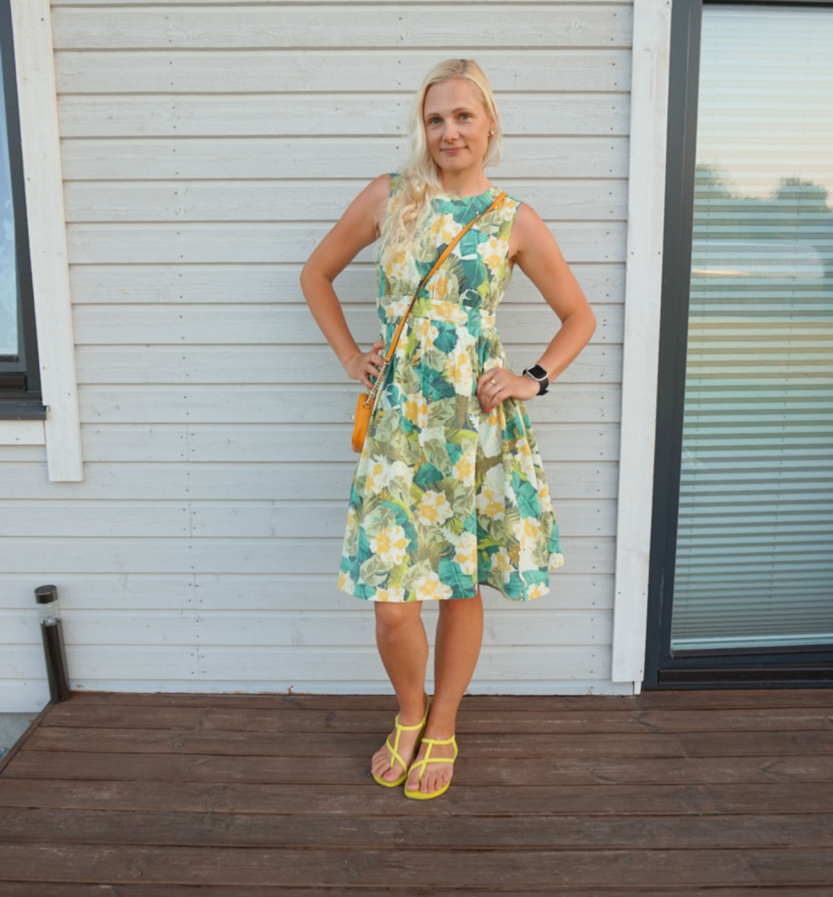 Floral print midi summer dress, yellow Ipanema Aphrodite sandals,