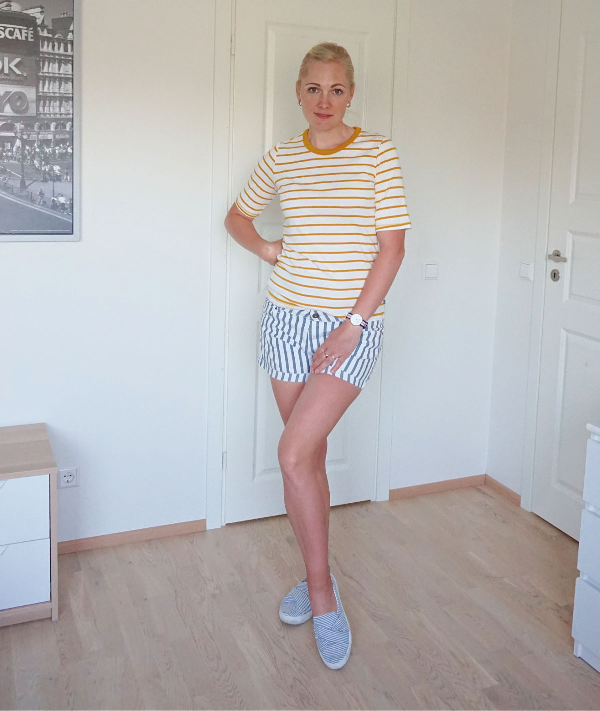 A simple stripes on stripes outfit for summer.