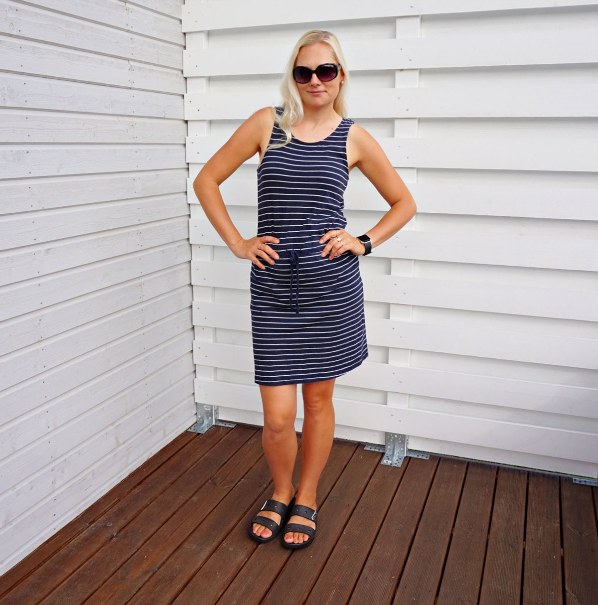 ONLY Womens May Sleeveless Stripe Dress and Classic Crocs sandals