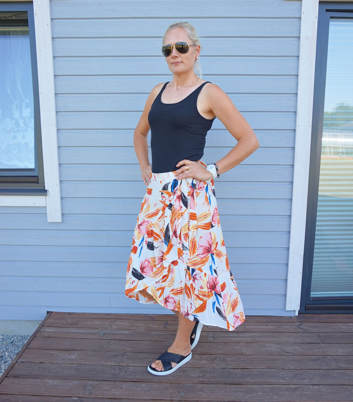 Floral wrap skirt outfit for summer